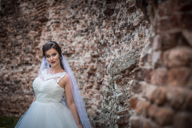 1ead02cd2289 Svadobný Salón Sarah Michalovce. Predaj a požičiavanie svadobný a ...